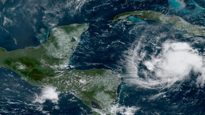Se forma en el Caribe la Tormenta Tropical Nana