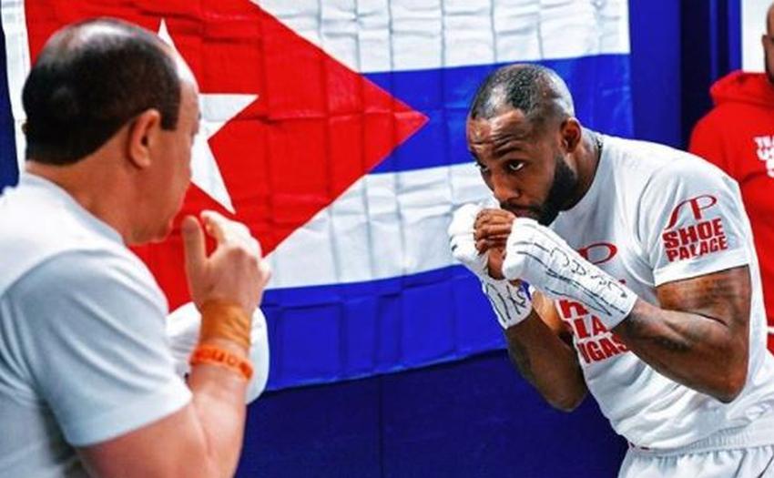 """Yordenis Ugás: """"Abandone ser el mejor boxeador en Cuba por ser un hombre libre"""""""