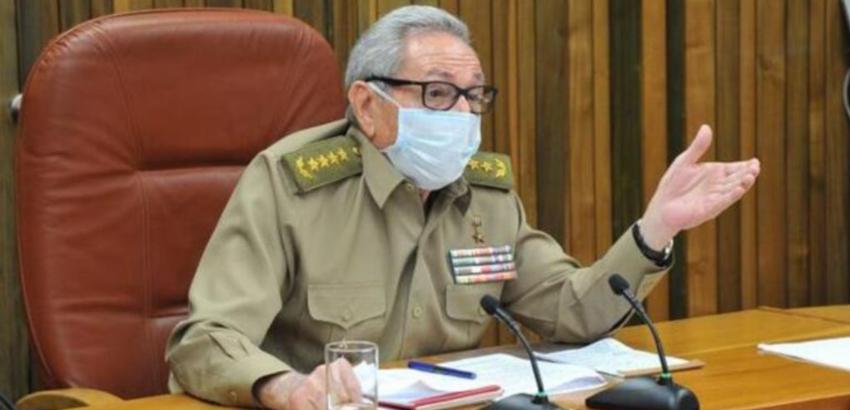 Raúl Castro anuncia su renuncia como jefe del Partido Comunista de Cuba
