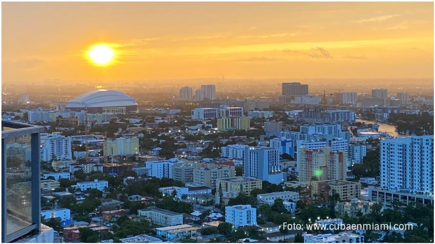 El próximo domingo cambia la hora en Miami y también en Cuba