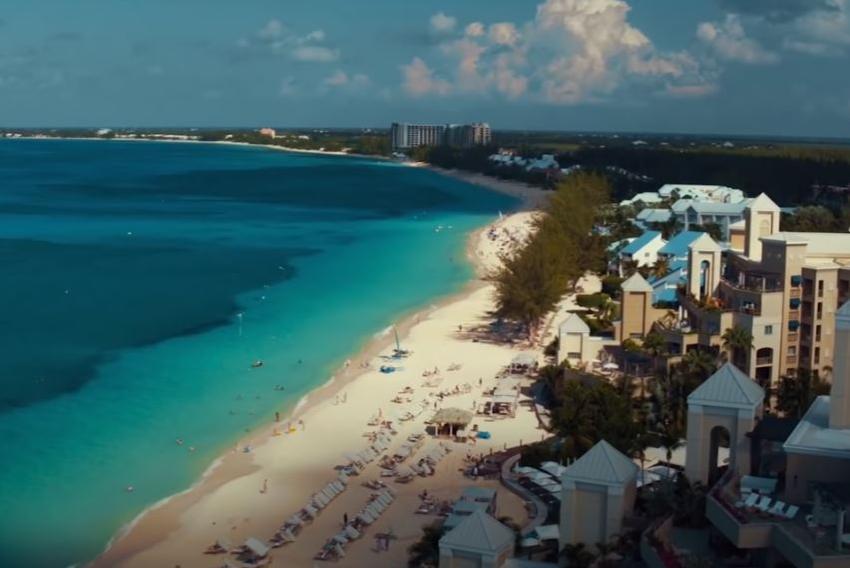 Islas Caimán está ofreciendo visas a personas que trabajen de forma remota pero deben tener altos ingresos