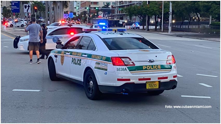 Miami-Dade vuelve a implantar el toque de queda desde las 12:00 am hasta las 6:00 am