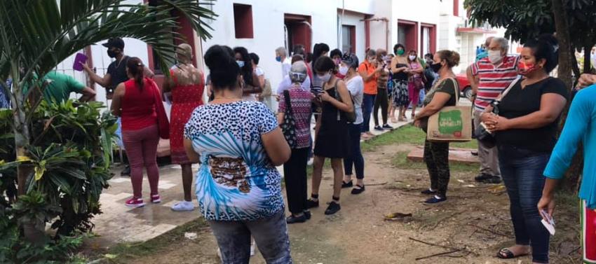 Psicólogo cubano se queja del trato a los pacientes en el Instituto de Oncología: ¿Dónde está la solidaridad que tanto repartimos por el mundo?