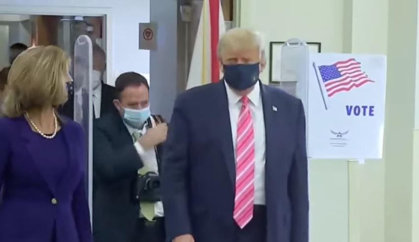 """Trump vota de manera adelantada en Florida: """"Vote por un tipo llamado Trump"""""""