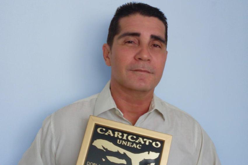 """Actor cubano Erdwin Fernández sobre el Servicio de Mensajería Cubapack: """"No resuelven nada"""""""