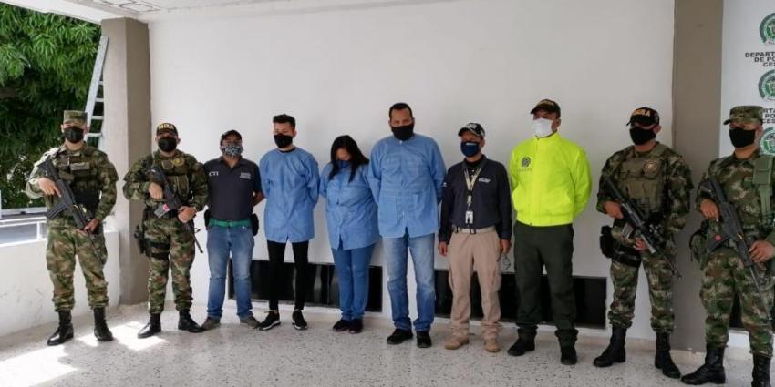 Arrestan a varios funcionarios que emitían documentos de identificación ilegales a cubanos y venezolanos en Colombia