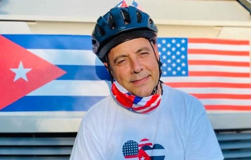 Cubana arremete contra el profesor Carlos Lazo quien defiende la normalización de las relaciones con Cuba