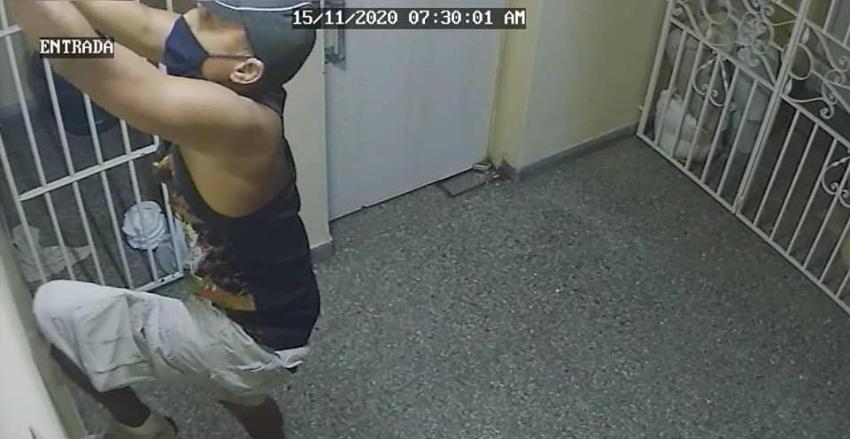 Delincuente robó bombillos en un edificio en el Vedado, piden distribuir imágenes para que lo capture la policía