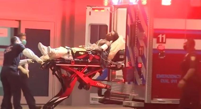 Policía investiga el apuñalamiento de un hombre en la calle en Miami Beach