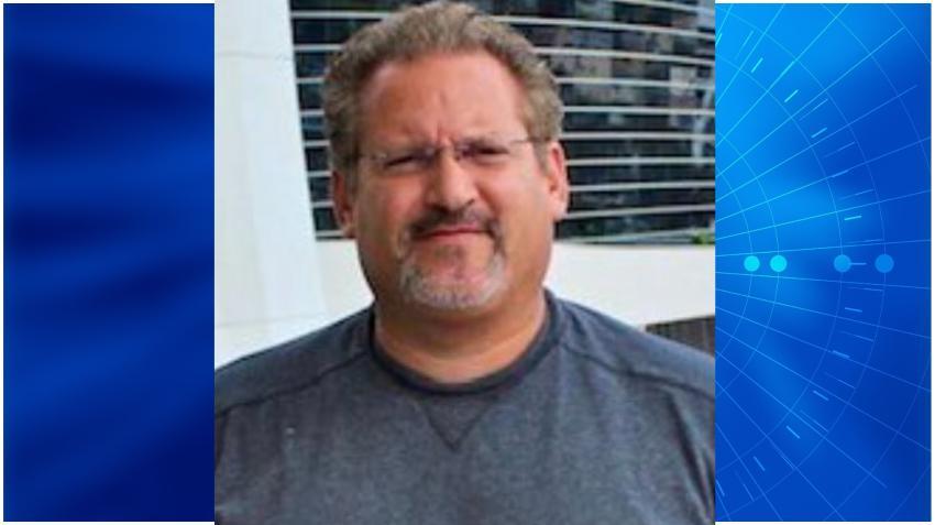 Supervisor del Departamento de Policía de Miami-Dade muere por COVID-19