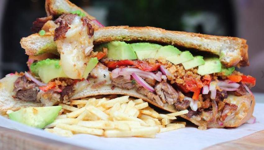 Restaurante cubano Havana 1957 en Miami Beach se lleva el premio al mejor sándwich cubano del 2020