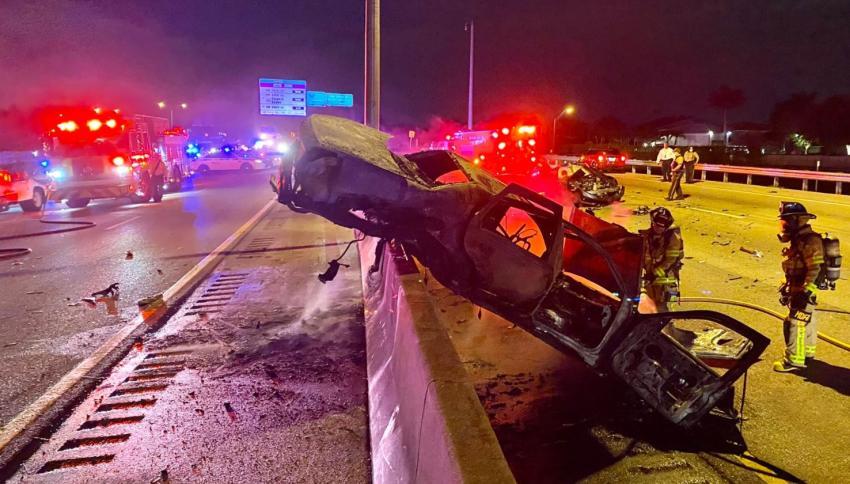 Aparatoso accidente causa el cierre de todos los carriles del Palmetto Expressway en Miami Lakes