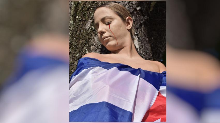 """Cubana cansada pide a los cubanos poner fin a la dictadura: """"En nuestras manos está recuperar la nación que nunca debimos perder"""""""