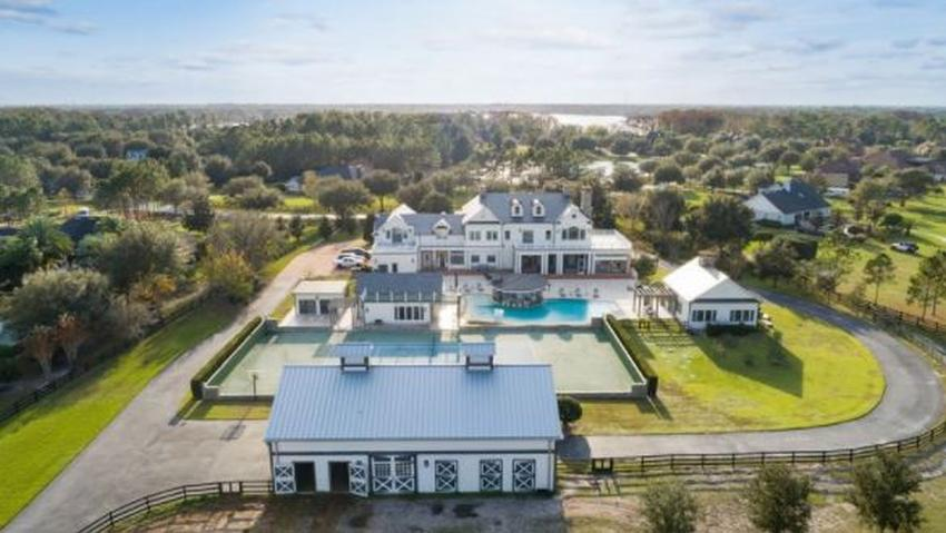 Pareja de Florida es investigada por comprar una mansión de $3.5 millones con dinero de la ayuda federal