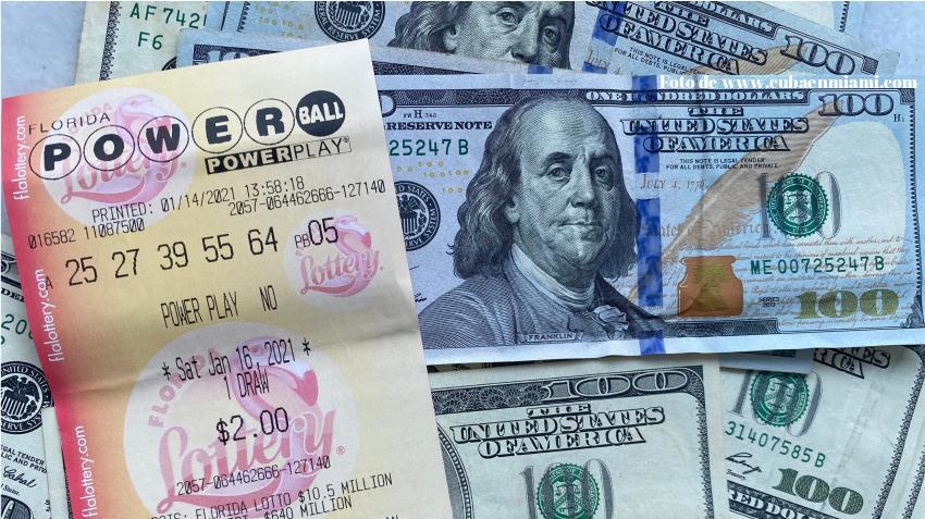 Sin ganador el Powerball sigue subiendo: $730 millones para el próximo sorteo