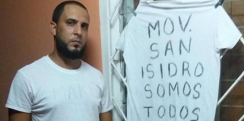 Lanzaron un líquido tóxico en el portal de la casa del activista Omar Torres en Ciego de Ávila