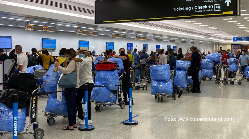 Cuba mantendrá en marzo las restricciones de viajes desde Estados Unidos y otros 5 países