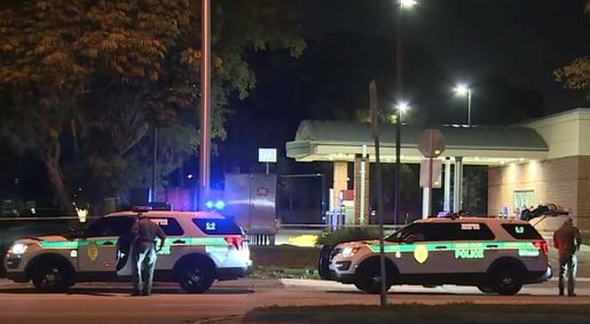 Una persona muerta, otra herida en tiroteo en el cajero automático de un banco en Kendall