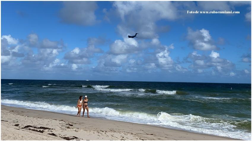 Encuentran el cuerpo de un hombre en una playa del sur de la Florida