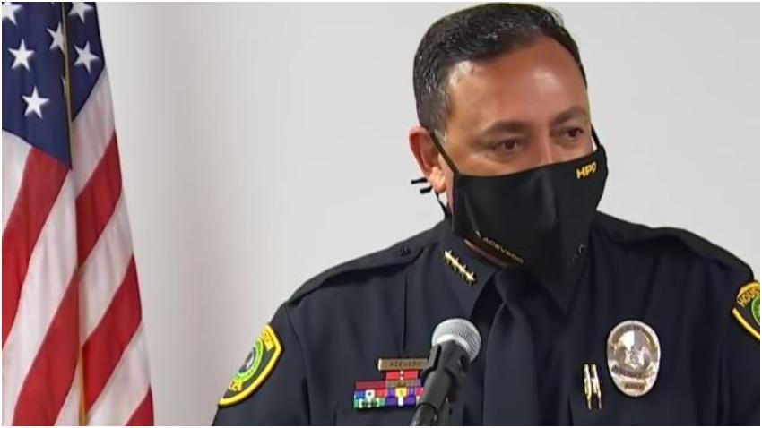Nuevo jefe de la policía de Miami ganará alrededor de 85 mil dólares más que su predecesor