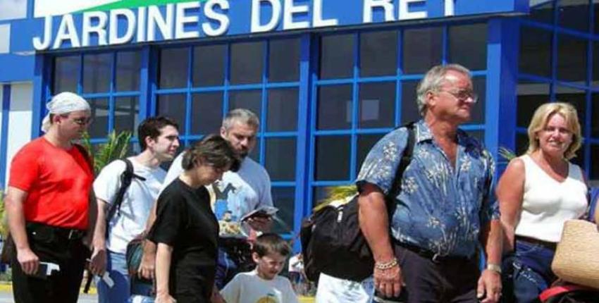 Pese al gran desplome del arribo de turistas a Cuba, esperan recuperación total de este sector para 2024, en el peor de los escenarios