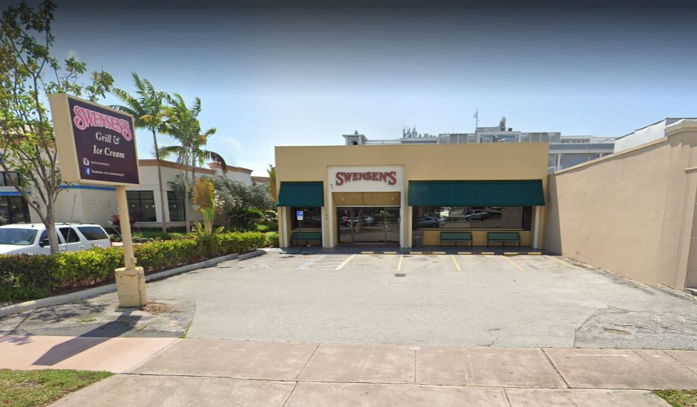 Conocido local de batidos y hamburguesas en Coral Gables cierra para siempre después de 44 años