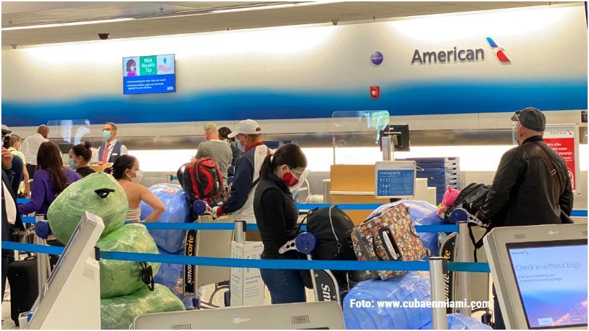 Cubanos hacen lista de espera en Miami para viajar a Cuba