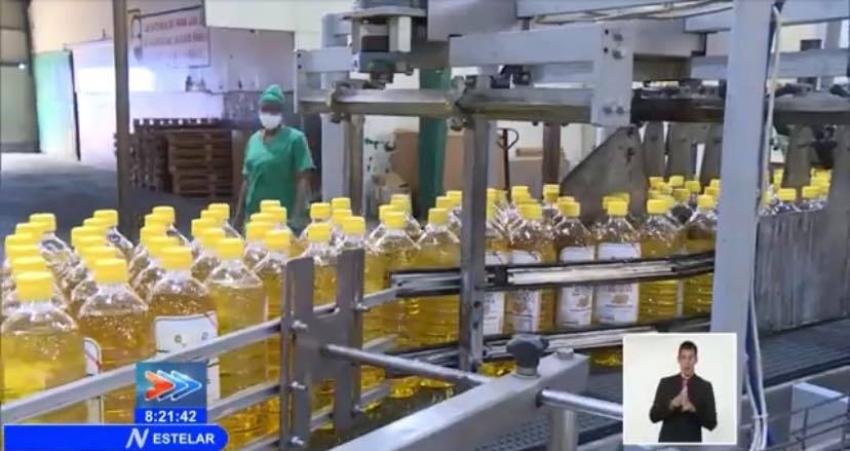 Gobierno cubano vendió aceite donado por la ONU en La Habana, pero se justificó con la pandemia y problemas de producción