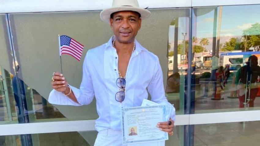 Descemer Bueno agradece a Estados Unidos y promete luchar porque los cubanos lleguen a tierras de libertad