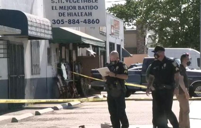Tiroteo fuera de un negocio en Hialeah deja un joven de 24 años muerto