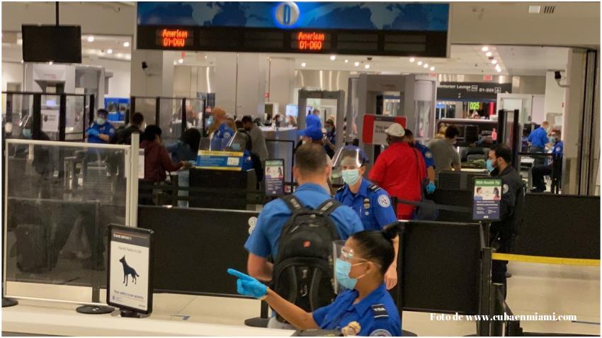 Seguridad en Aeropuerto de Miami y Fort. Lauderdale piden a los pasajeros arribar dos horas antes