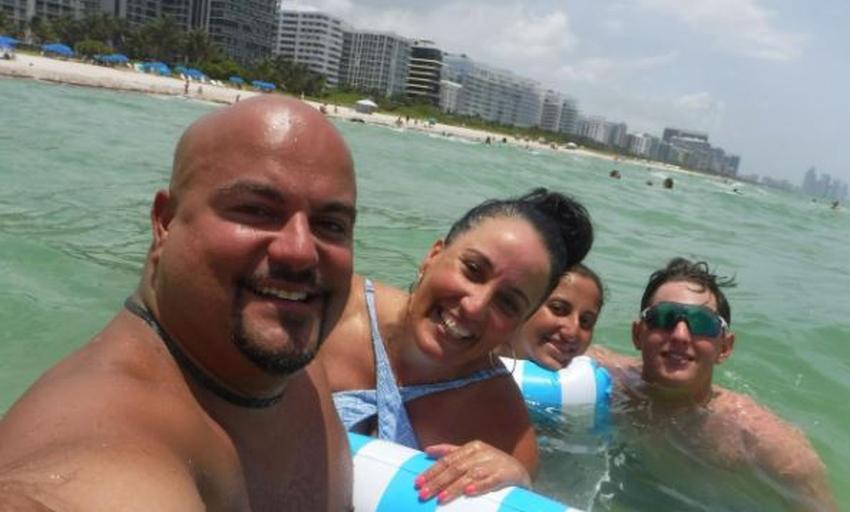 """Familia cubana de New Jersey sobrevive el colapso por solo unos pocos metros; """"Se nos ha dado una segunda oportunidad"""""""