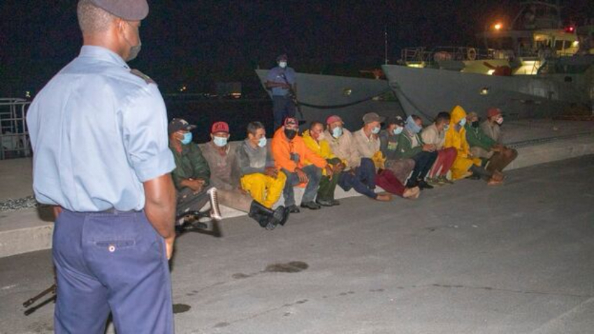 Bahamas repatria a 29 balseros cubanos