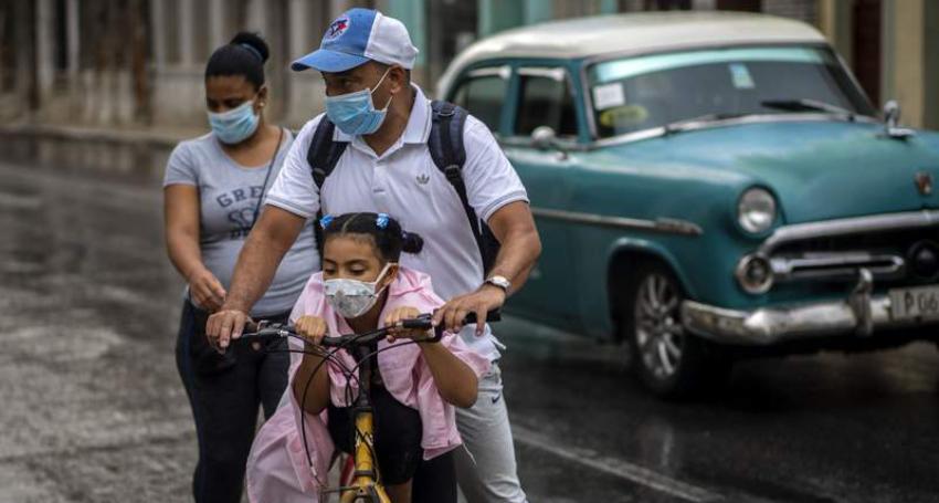 Niños y jóvenes cubanos de entre tres y 18 años de edad participarán en ensayo clínico con el candidato vacunal Soberana 02 contra el Covid-19