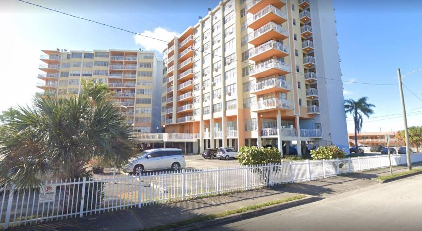 Propietarios de apartamentos de edificio evacuado en North Miami Beach ponen demanda contra la asociación