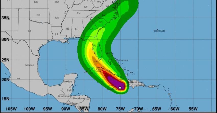 Tormenta Elsa podría fortalecerse y convertirse en huracán una vez más