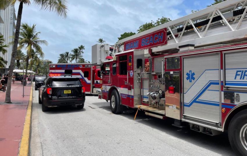 Encuentran dos muertos en una habitación de la antigua Mansión Versace en Miami Beach