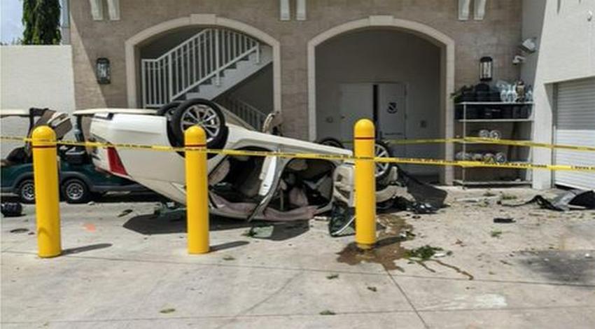Anciana de 92 años se accidenta al caer dos pisos en su automóvil saliendo de un Golf Club en Coral Gables