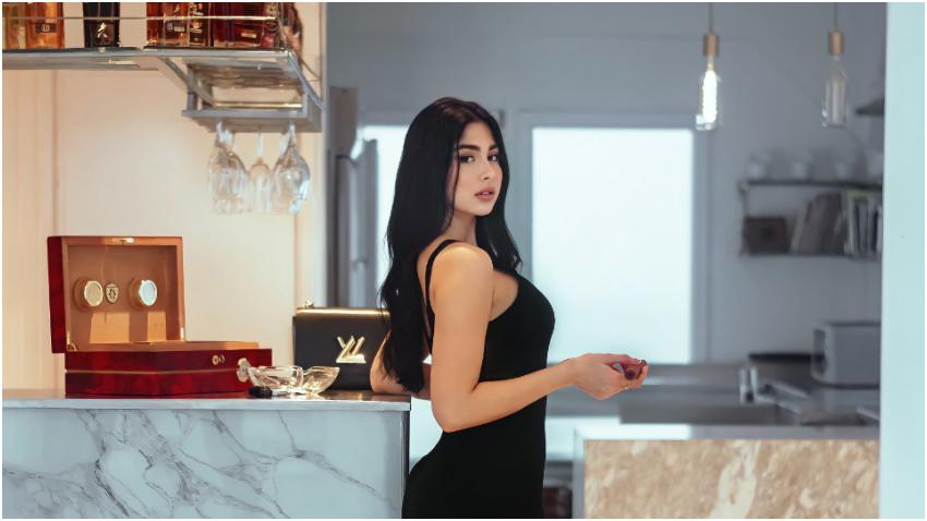 "Modelo Daniela Reyes contenta de ser cubana: ""No soy perfecta, pero soy cubana que es casi lo mismo"""